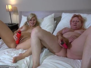 Super hot fuck Mom by GIRL, lesbian girl